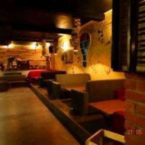 975 restaurant