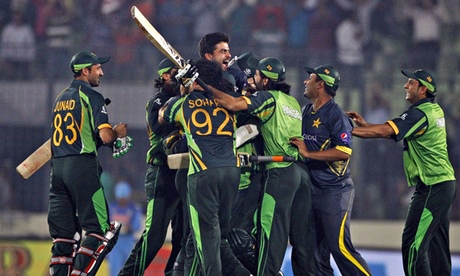 Pakistan's cricket team celebrate after winning the Asia Cup one-day