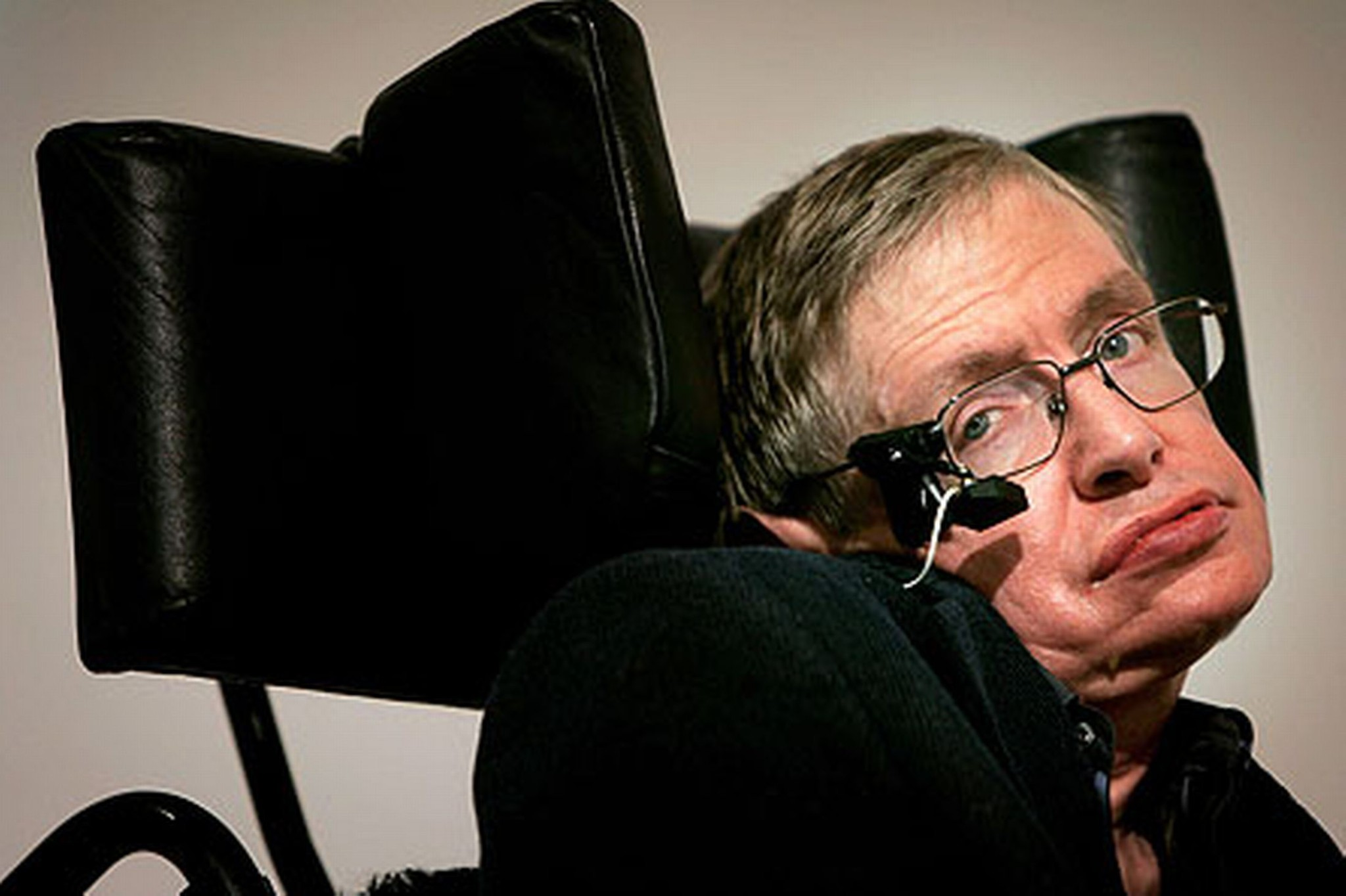 British Physicist Stephen Hawking to Trademark His Name ... Stephen Hawking