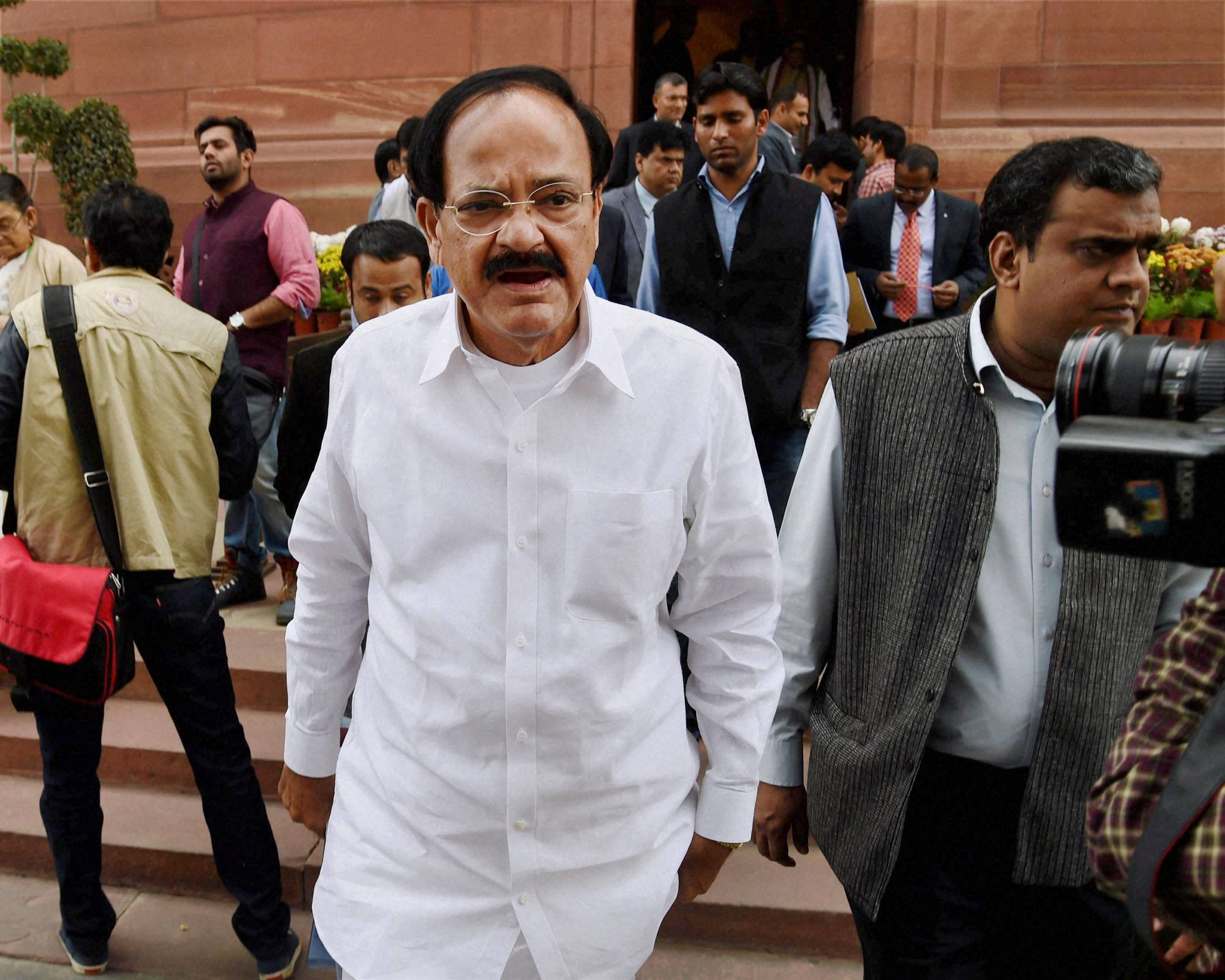 No further changes will be incorporated in Land acquisition bill, as indicated by center and Venkiah Naidu
